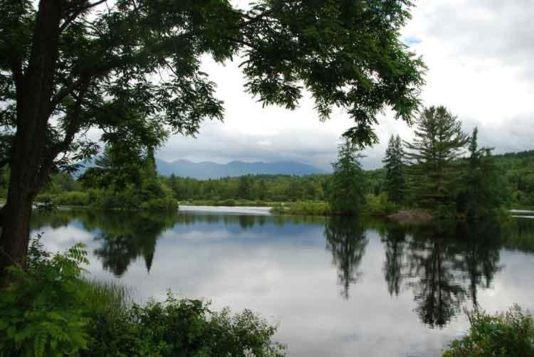 Peaceful-lake